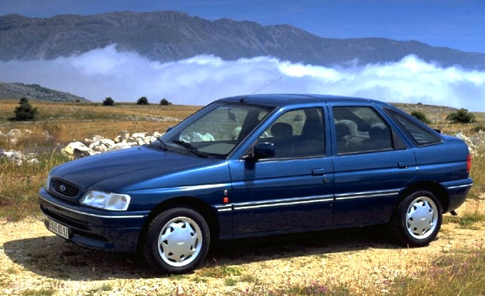 UK 1992: Ford Escort reclaims top spot - Best Selling Cars ...