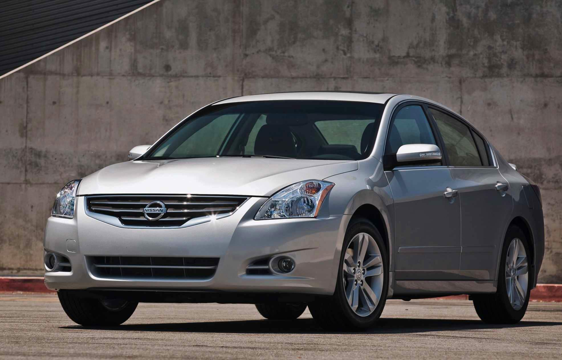 Usa March 2011 Nissan Altima Best Selling Passenger Car