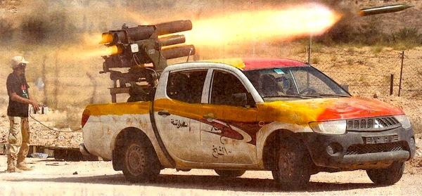mitsubishi l200 с пулеметом