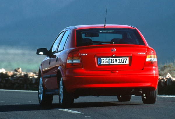 Opel Astra Switzerland 1998
