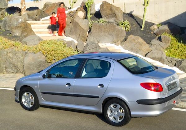 Peugeot-206-Sedan-Iran-December-2011.jpg