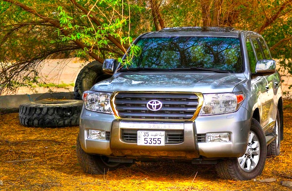Toyota Land Cruiser GCC December 2011