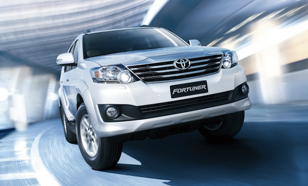Toyota Fortuner Vietnam March 2012