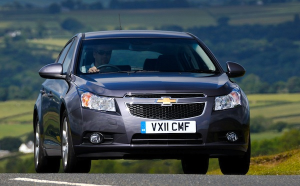 Chevrolet Cruze World April 2012