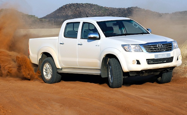 Toyota Hilux UAE March 2012