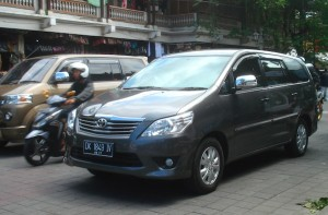 Toyota Innova Indonesia April 2012