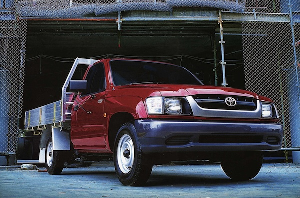 Toyota Hilux Australia 2001