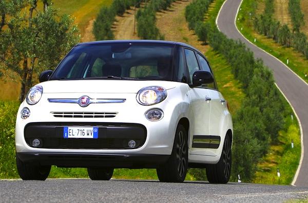 Fiat 500L Romania May 2015