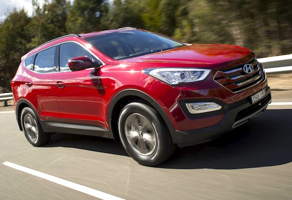 Hyundai Santa Fe New Zealand February 2014. Picture by The Motor Report