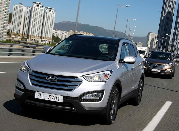 Hyundai Santa Fe South Korea October 2012