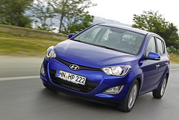 Hyundai i20 Greece July 2013