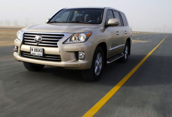 Lexus LX Qatar 2012
