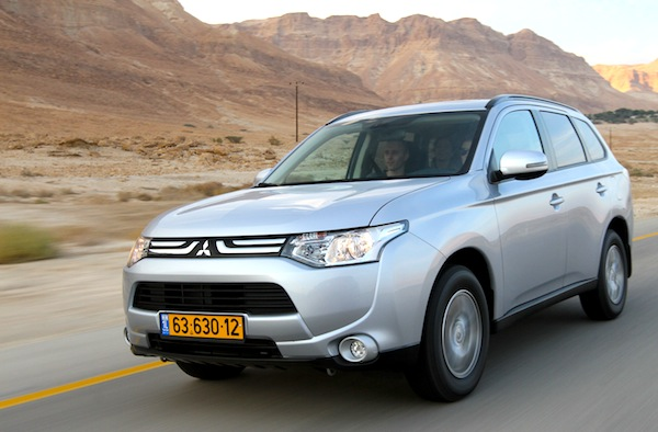 Mitsubishi Outlander Israel January 2013