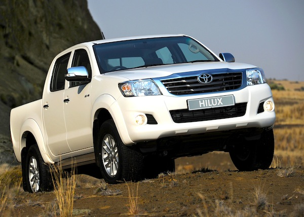 Toyota Hilux Saudi Arabia 2012