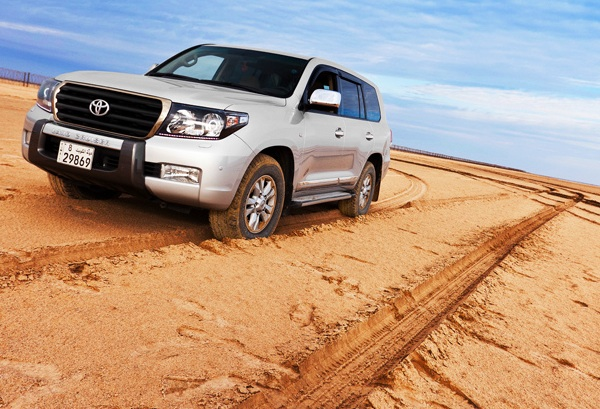 Toyota Land Cruiser Bahrain 2012
