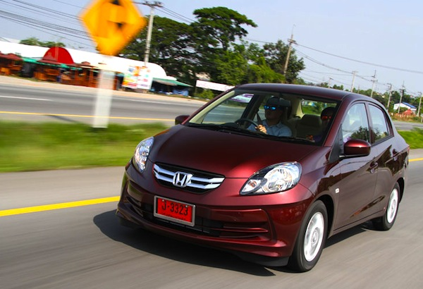 Honda Amaze Thailand February 2013. Picture courtesy of motortrivia.com