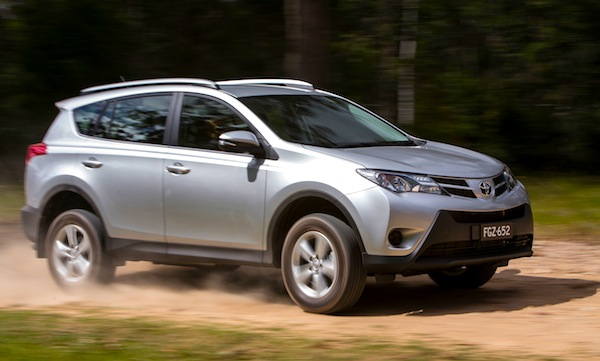 Toyota RAV4 Brazil July 2013