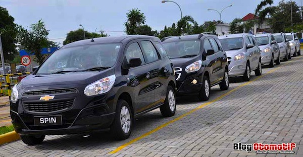 Chevrolet Spin Indonesia May 2013