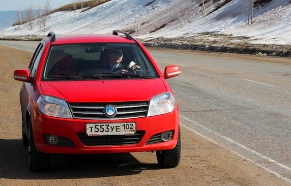 Geely MK Cross Ukraine January 2014. Picture courtesy of drive2.ru