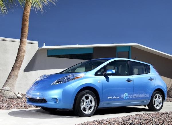 Nissan Leaf USA May 2013