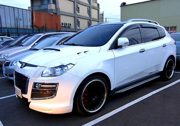 Luxgen 7 SUV Taiwan June 2013b