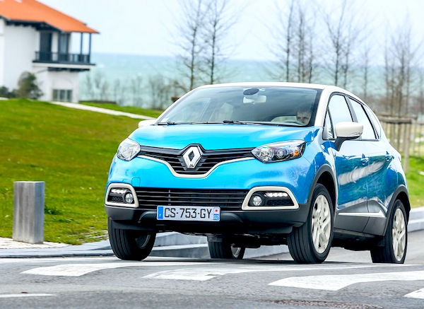 Renault Captur Netherlands March 2014