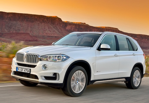 BMW X5 UAE June 2013