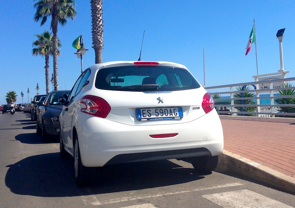 Peugeot 208 Italy August 2013
