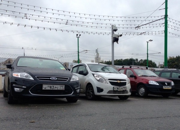 9 Ford Mondeo Chevrolet Spark Renault Logan