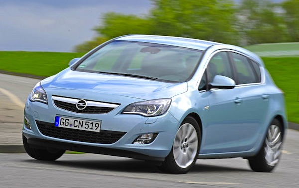 Opel Astra Germany February 2014. Picture courtesy of autobild.de