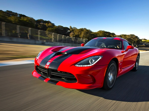 SRT Viper USA August 2013. Picture courtesy of motortrend.com