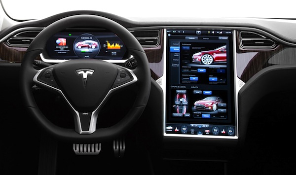 Tesla Model S Interior. Picture courtesy of motortrend.com