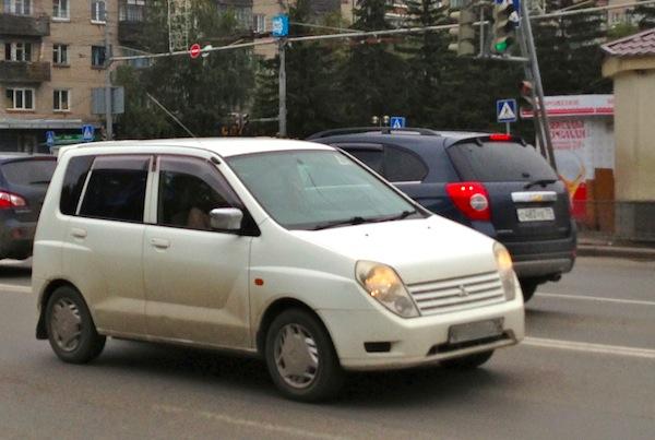 16 Mitsubishi Mirage Dingo