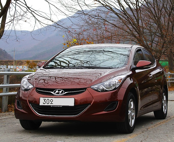 Hyundai Avante South Korea September 2013. Picture courtesy of Choi via blog.naver.net
