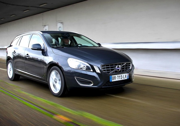 Volvo V60 Sweden September 2013. Picture courtesy of largus.fr