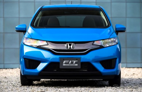 Honda Fit World October 2013