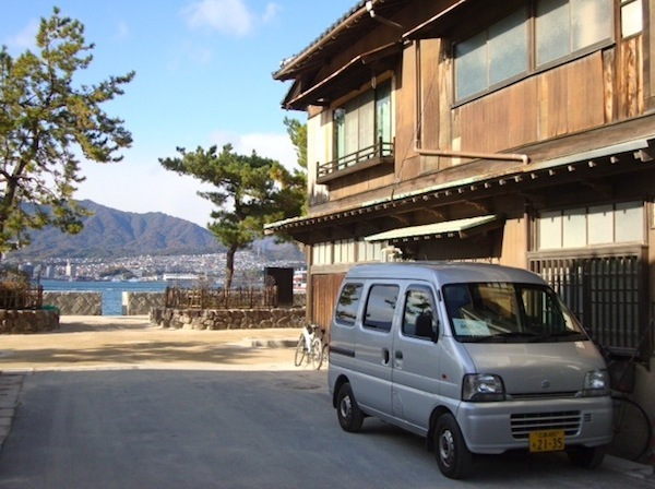2 Suzuki Every Hiroshima Japan November 2013. Picture courtesy of Stephen Bloom