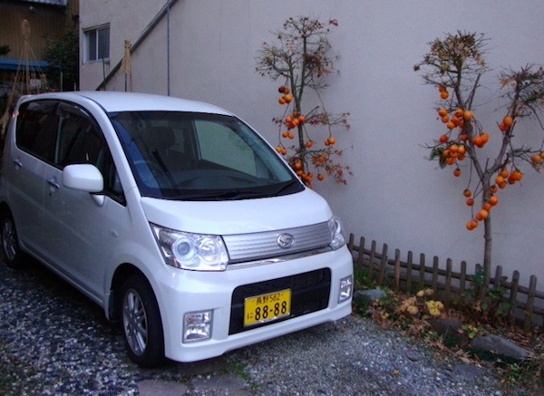 3 Daihatsu Move Custom Nagano Japan November 2013. Picture courtesy of Stephen Bloom