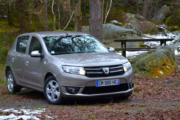 Dacia Sandero UK November 2013. Picture courtesy of larevueautomobile.com