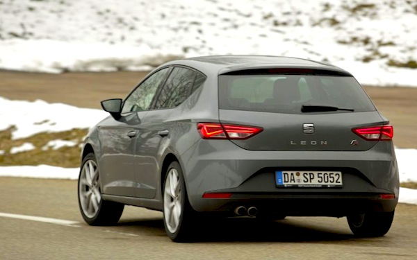 Seat Leon Germany November 2013. Picture courtesy of autoplenum.de