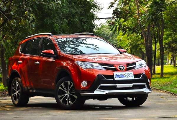 Toyota RAV4 China November 2013. Picture courtesy of cheshi.com