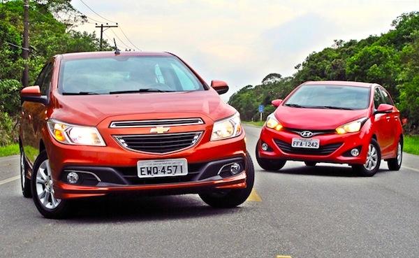Chevrolet Onix Hyundai HB20 Brazil 2013