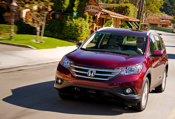 Honda CR-V Canada December 2013. Picture courtesy of motortrend.com