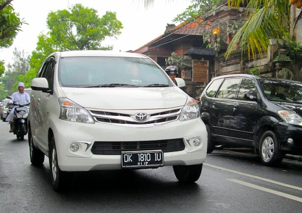 Indonesia Full Year 2013: Toyota Avanza tops new record market