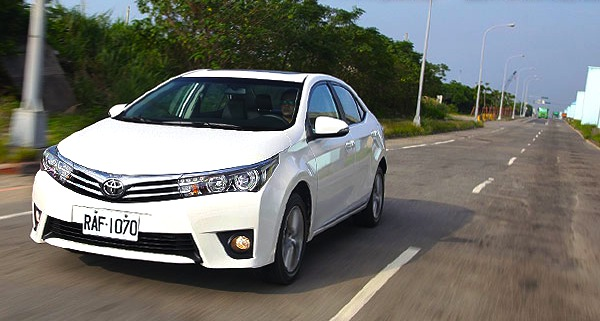 Toyota Corolla Taiwan December 2013. Picture courtesy of u-car.com.tw