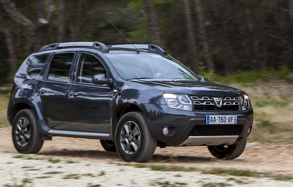 Dacia Duster Sweden January 2014. Picture courtesy of teknikensvarld.se