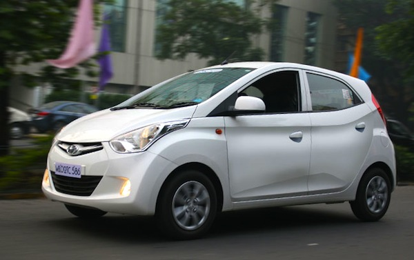 Hyundai Eon Peru 2013. Picture courtesy of autojunction.in