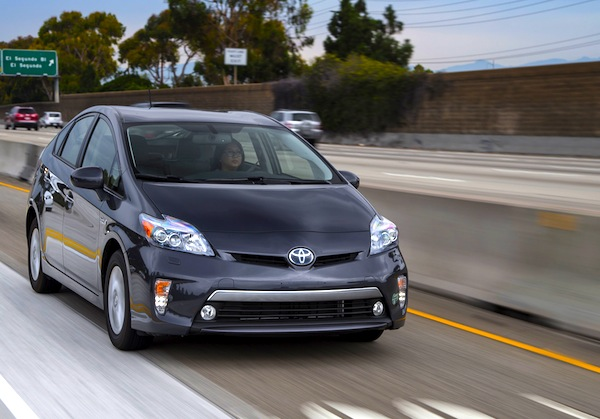 Toyota Prius California 2013. Picture courtesy of Motortrend.com