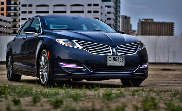 Lincoln MKZ UAE 2013. Picture courtesy of motoringme.com
