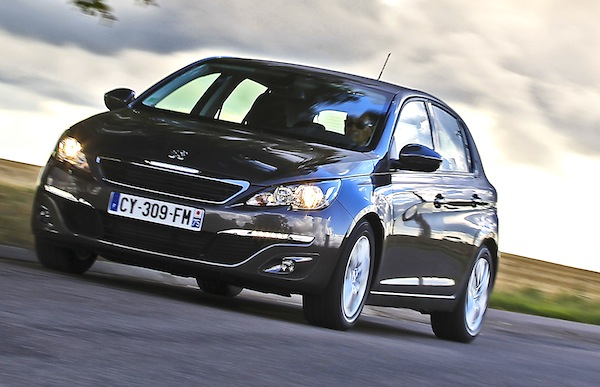 Peugeot 308 Europe February 2014. Picture courtesy of automobile-magazine.fr